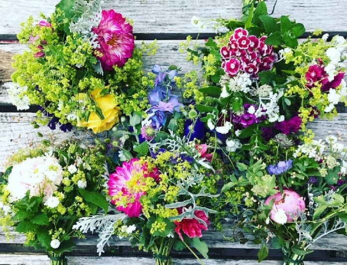 Spring Floral Arrangements Ideas for the home