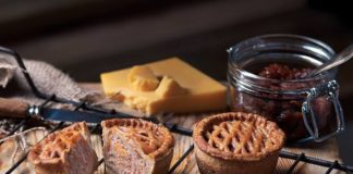 traditional english pork pie