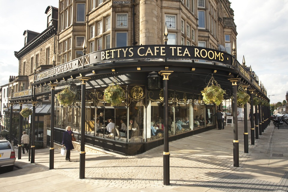 Bettys cafe tea rooms harrogate