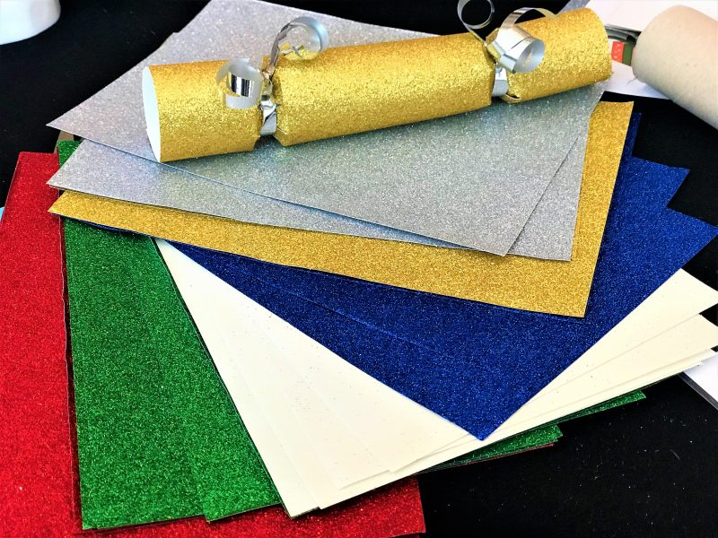 Viking direct #ArtyParty glitter paper crackers