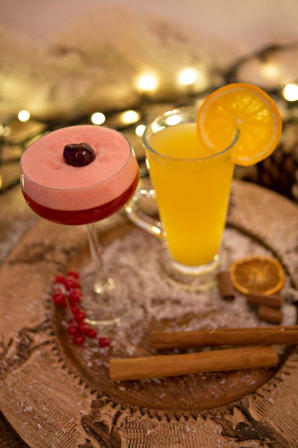 Alexander's Bar and Kitchen cocktails