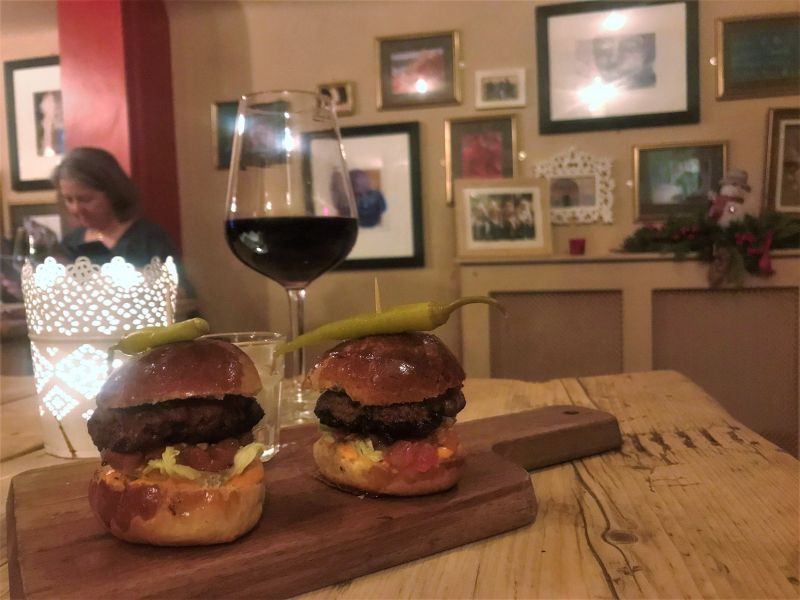 la casita red wine spanish sliders