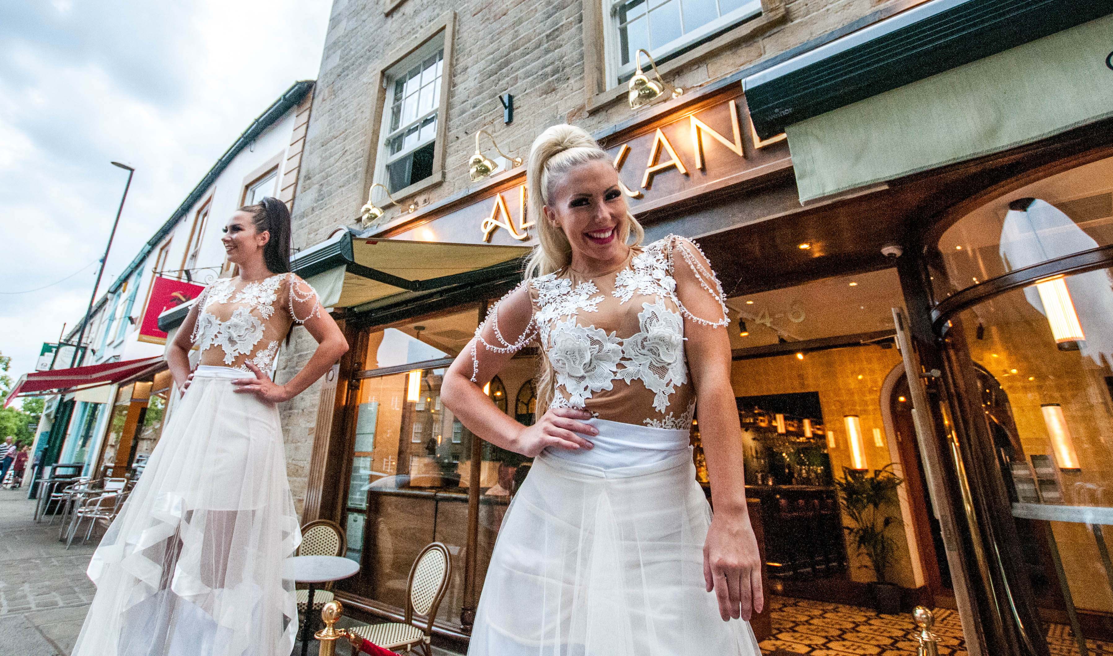 alexanders white party, yorkshire bloggers, the harrogate girl
