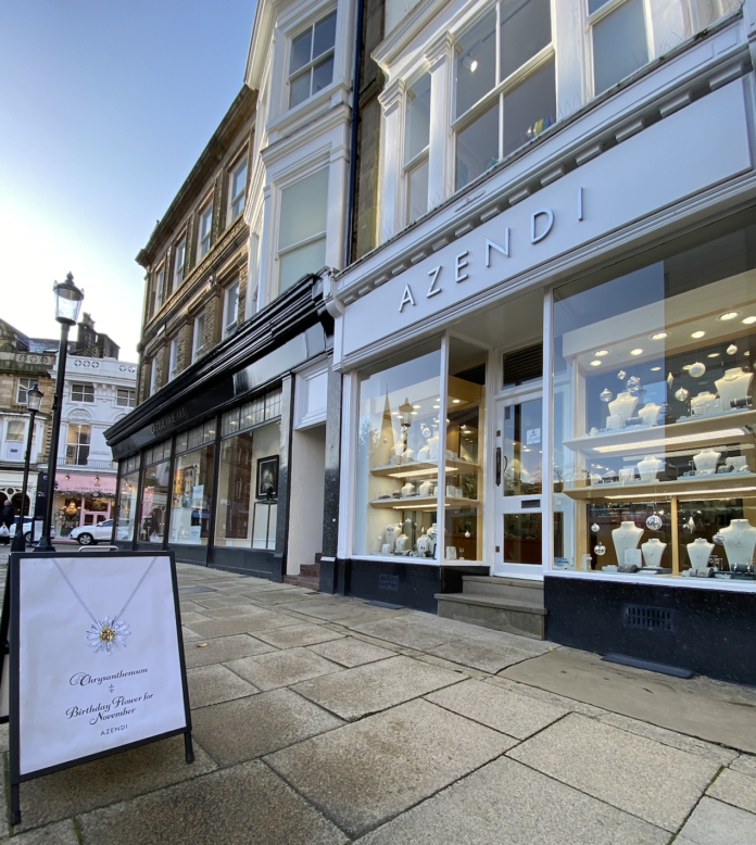 The Harrogate Girl blogger Azendi Jewellers, Harrogate, Christmas gift